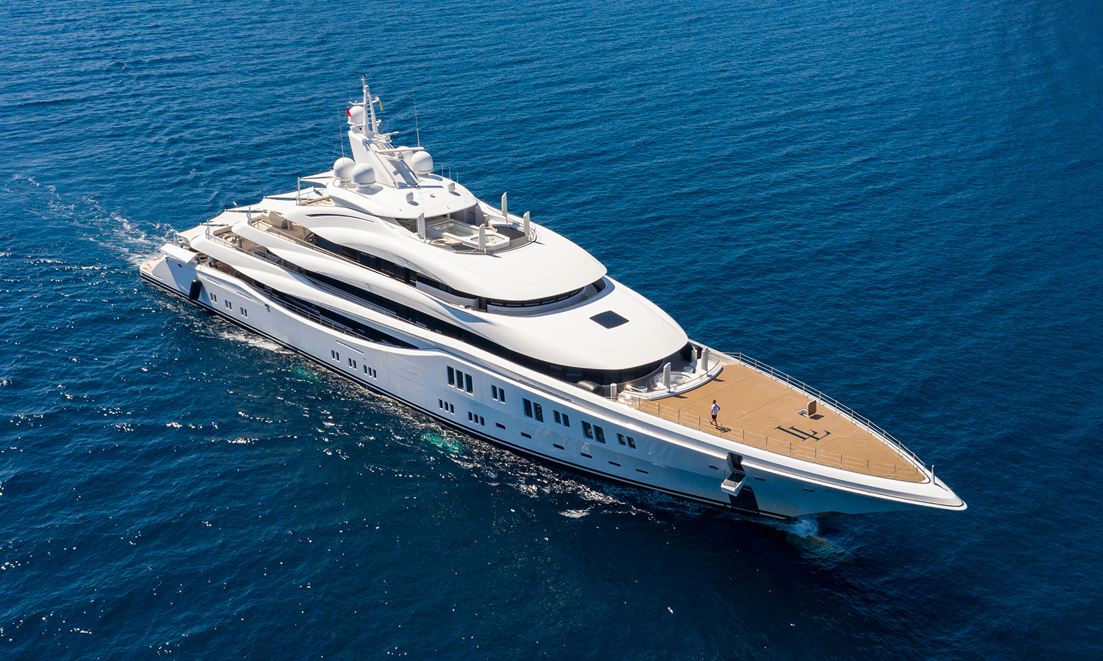 Aerial,Photo,Of,Luxury,Super,Yacht,On,The,Sea,And